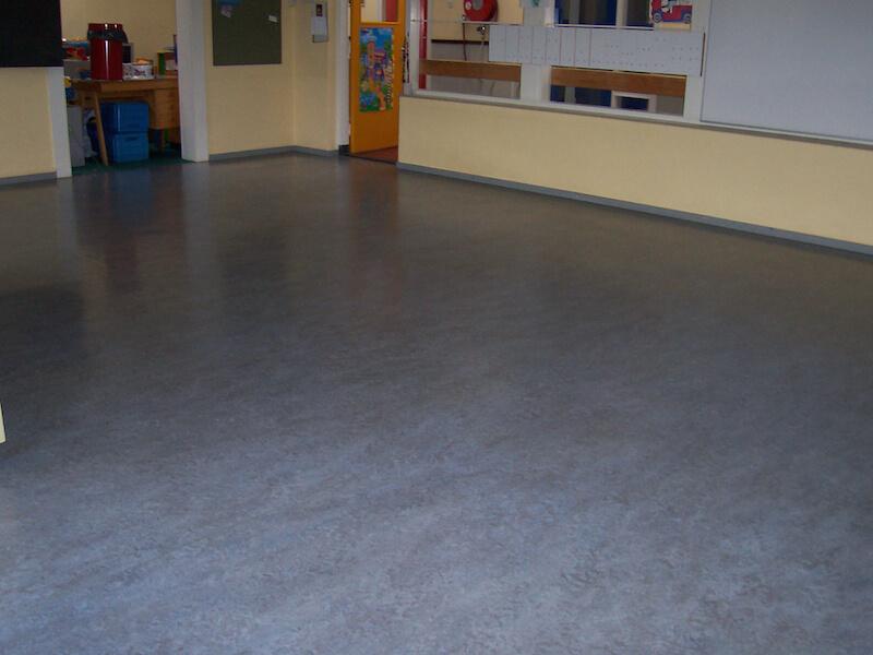Marmoleum Vloer Verven : Linoleum vloer reinigen jnc vloeronderhoud blinkt uit in vloeren