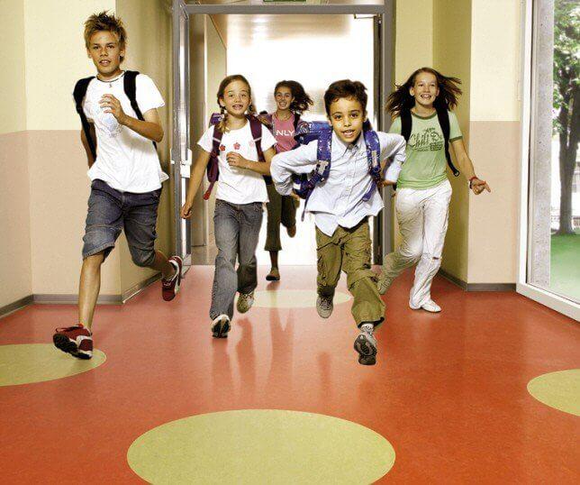 Vloer onderhoud kinderdagverblijf/scholen